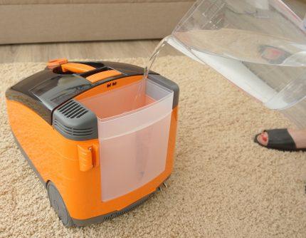 Как пользоваться моющим пылесосом правила эксплуатации и ухода