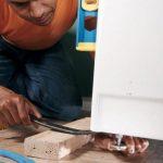 Почему стучит холодильник: поиск причины и методы устранения стука