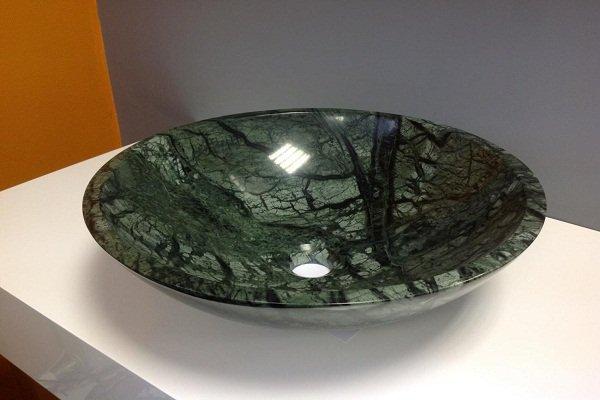 Раковина из природного камня зеленого цвета