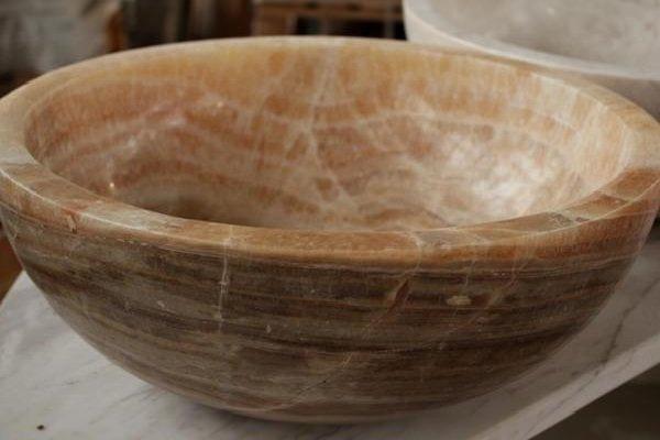 Раковина для ванной из оникса