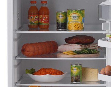 Специальная полочка для продуктов