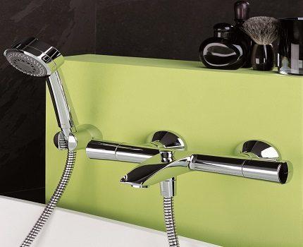 Хромированное покрытие смесителя с душем
