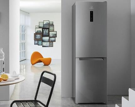 Холодильник от компании Индезит